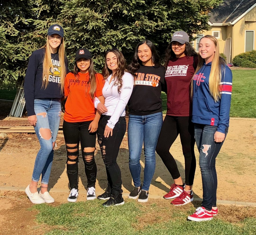 LTG 18U Henderson/Lively team first class of 2019 players sign their NLI !